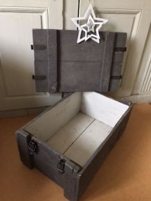 Caisse de rangement, coffre en bois