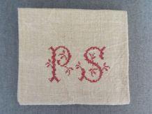 Torchon ancien chanvre monogramme brodé PS