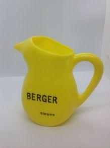 BERGER / SIROPS / PICHET JAUNE EN PLASTIQUE