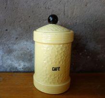 Pot à café en céramique jaune texturé