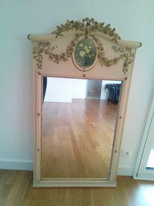 Miroir trumeau de style Louis XVI