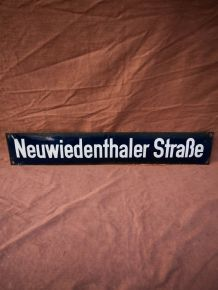 Plaque émaillée de rue Allemande