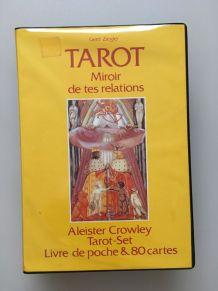 Tarot cartes Crowley et livre Tarot Miroir de tes relations