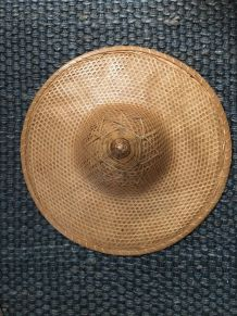 Grand chapeau asiatique vintage rotin