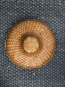 Chapeau en rotin asiatique 1950