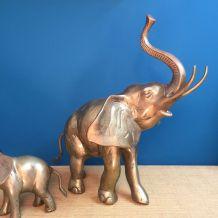 Gros éléphant en laiton
