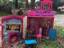 """Maison Barbie """"Glamour""""et ses  accessoires"""