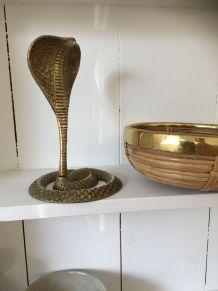 Cobra en laiton vintage