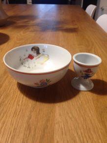 Petit bol et coquetier en porcelaine