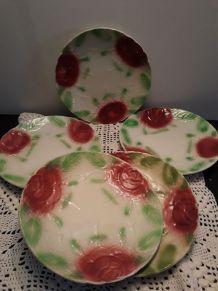 5 assiettes à dessert barbotine en roses peintes