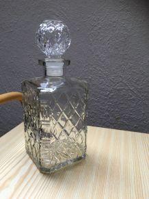 Carafe à whisky en verre ciselé
