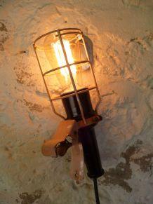 LAMPE BALADEUSE DE GARAGE ATROW