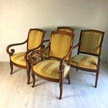 Ensemble de 4 fauteuils d'époque restauration en acajou