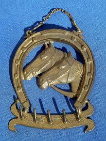 porte clé fer a cheval ,chevaux , vintage