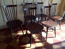 Série de six chaises vintages Baumann modèle Tacoma
