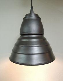Suspension industrielle métal