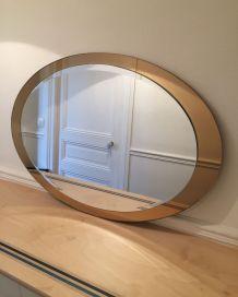 Grand miroir ovale années 70