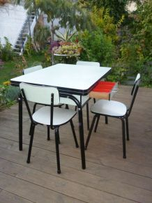 TABLE FORMICA VERT MINT + 4 CHAISES