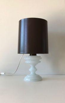 Lampe art déco verre opaline blanche