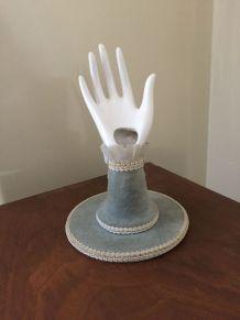 Petite main soliflore/baguier ancienne