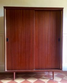 Armoire vintage style scandinave