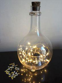 Flacon ancien en verre bullé, lumineux