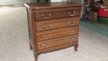 Commode ancienne teintée 4 tiroirs en chêne à restaurer ou r