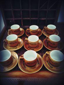 service à café publicitaire Bisquit Cognac