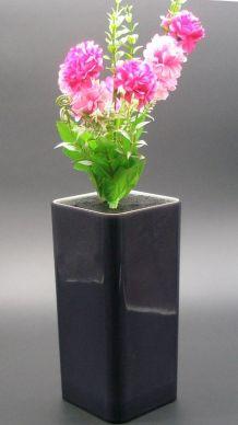 Vase rectangulaire années 70, intérieur plein