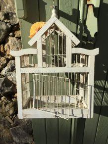 petite cage à oiseaux bois blanc