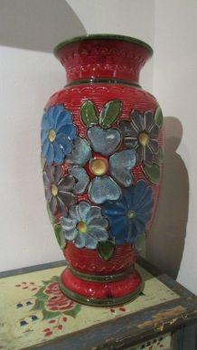Vase en faience allemande des années 80