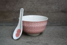 BOL PORCELAINE + CUILLERE DECOR ROUGE