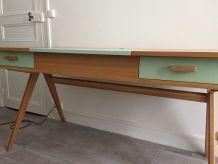 Bureau large en bois