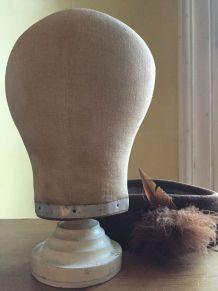 Marotte en lin, accessoire de chapelier