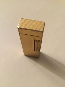 Ancien briquet Dunhill plaqué or