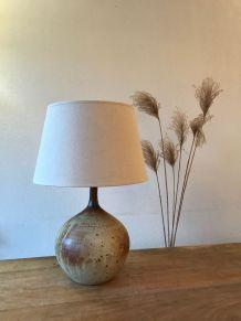 Enorme lampe en céramique signée, grès vintage