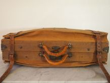 Valise à soufflets d'époque en tissu et lanières de cuir