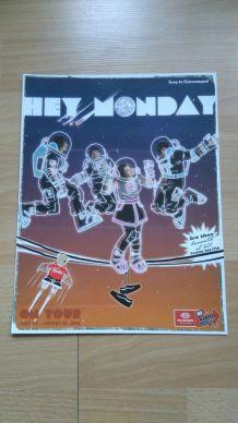 """Affiche de concert du groupe """"Hey Monday"""""""