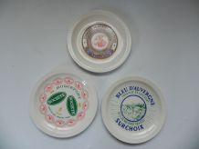 assiettes publicitaires à fromage faiencerie de st amand