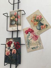 Présentoir cartes postales