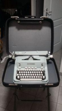 machine à écrire ancienne hermès 3000 suisse vintage