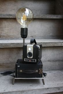 "LAMPE A POSER RECUP' ""BROWNIE FLASH"""