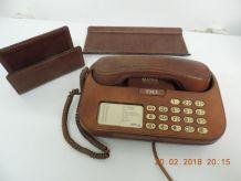 Téléphone cuir année 1970