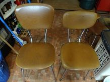 2 chaises vintage skai marron