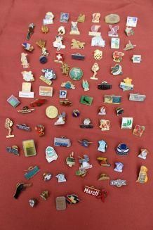 Lot pin's broches vintage/retro