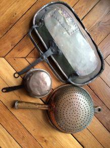 Trois objet anciens en cuivre