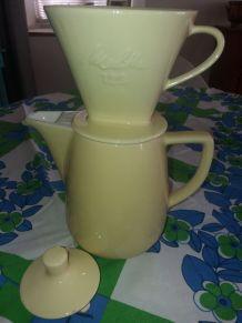 Cafetière céramique avec filtre vintage