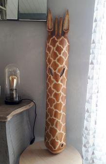 Masque en bois girafe