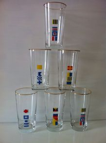 6 grands verres publicitaires Mobil