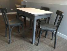 Table vintage + 4 chaises